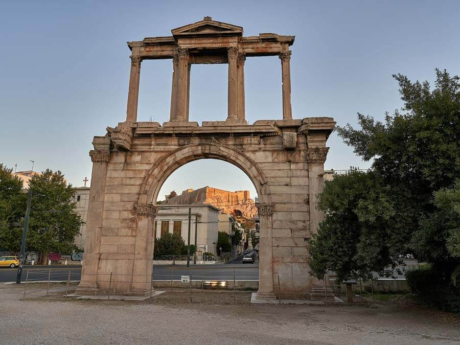 "The Arch of Hadrian that separated the ""old city of Theseus"" from the ""new city of Hadrian"""