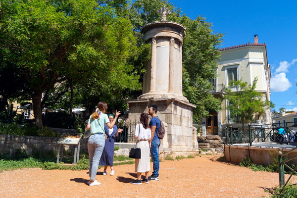 GreekTravelTellers walking tour Athens Lysikratis